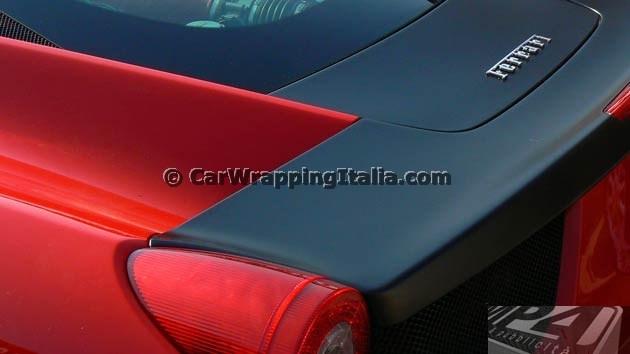 dettaglio_aletta_posteriore_ferrari_458-italia-dettaglio